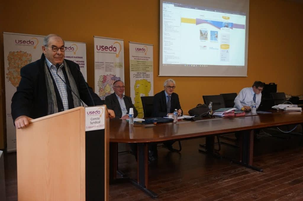 Comité Syndical de l'USEDA, le 12 décembre 2017, rue Turgot à Laon.