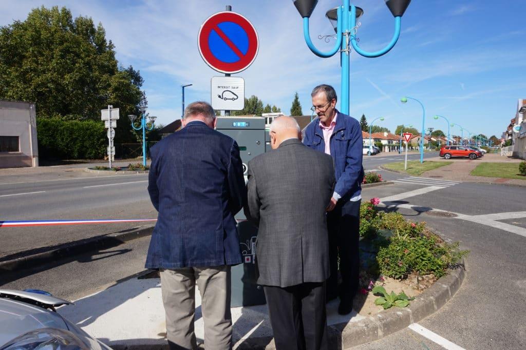 Inauguration de la borne de recharge de Montescourt-Lizerolles, le 27 Septembre 2016